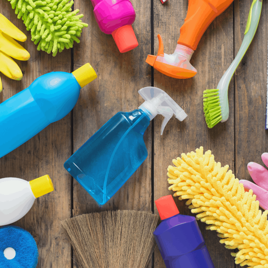 Cleaning products that will be replaced with clean living alternatives