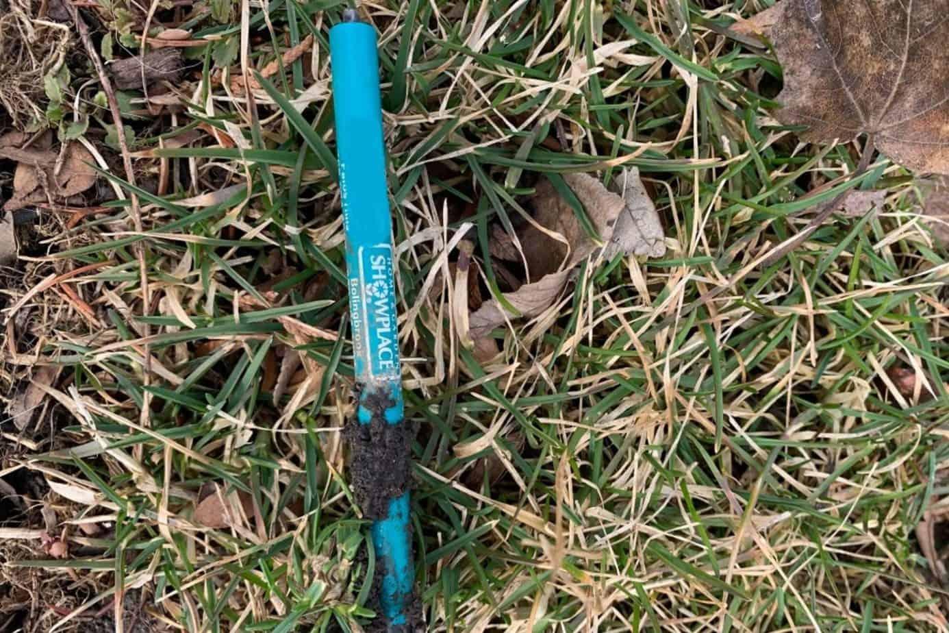 old pen, litter