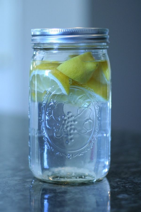 DIY Lemon Vinegar Cleaner