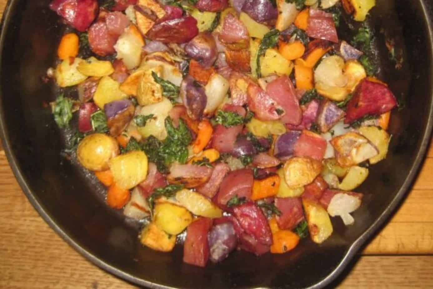 roasted potatoes peppers and kale